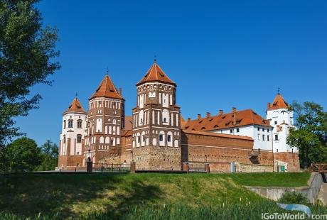 Mirsky Castle Complex